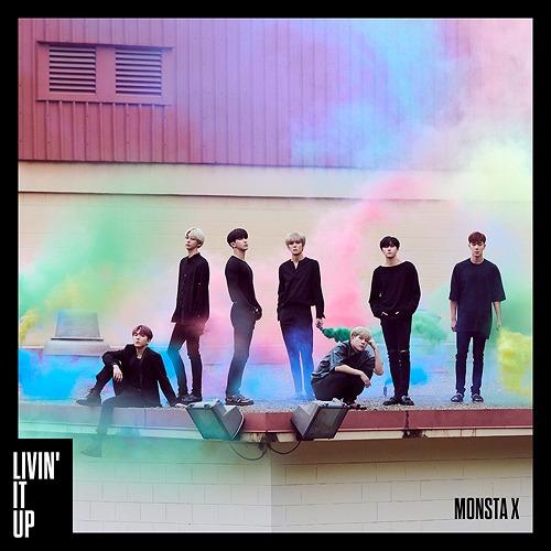 LIVIN' IT UP (Type A) (Ltd. Edition) [CD]